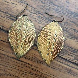 Leaf earrings!